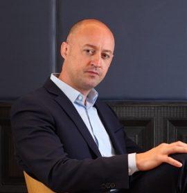 Conférencier Laurent Combalbert